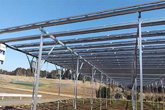 2021年千葉県ソーラーシェアリング70kw傾斜地に設置